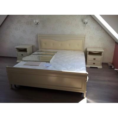 Кровать двуспальная «Лика» с кожаным изголовьем ММ-137-02/18